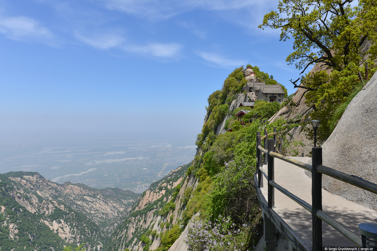 Huashan_Mountain_Xian_China-8