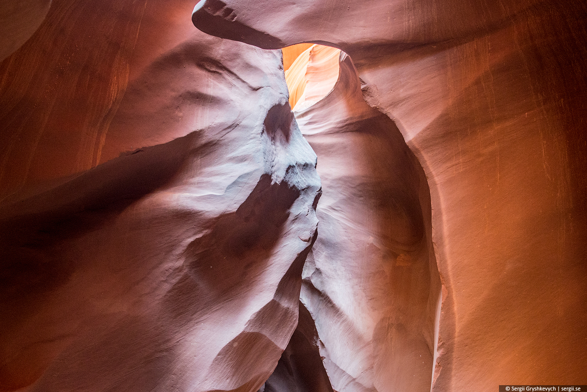 Antelope_Canyon_Arizona_USA-24
